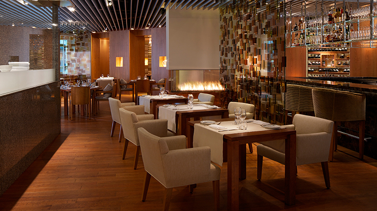 PropertyImage TheRitz CarltonMontreal 20 Hotel Restaurant MaisonBoulud CreditTheRitz CarltonMontreal