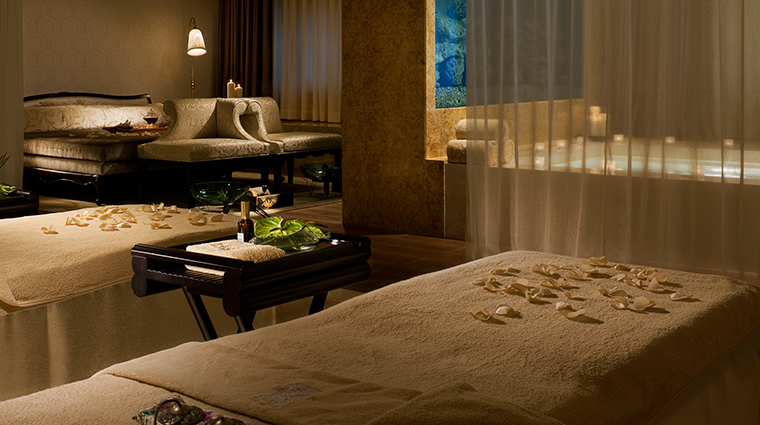 PropertyImage TheRitzCarltonGuangzhou 14 Hotel Spa CouplesSuite CreditTheRitz CarltonGuangzhou