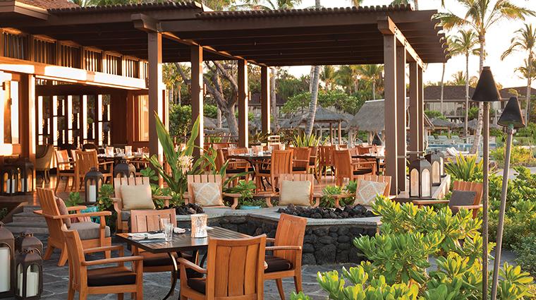 PropertyImage ULUOceanGrill 8 Restaurant Style Patio CreditFourSeasons