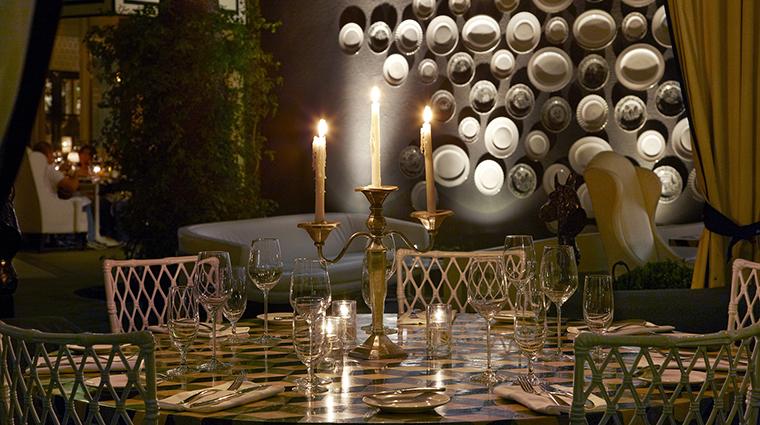 PropertyImage ViceroySantaMonica 14 Hotel Restaurant Cast DiningCabanaDetail CreditViceroyHotelGroup