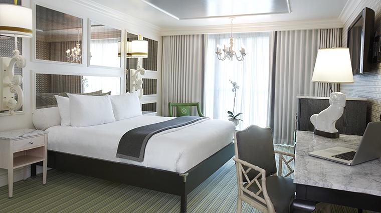 PropertyImage ViceroySantaMonica 8 Hotel GuestroomSuite ViceroyRoom Bedroom CreditViceroyHotelGroup