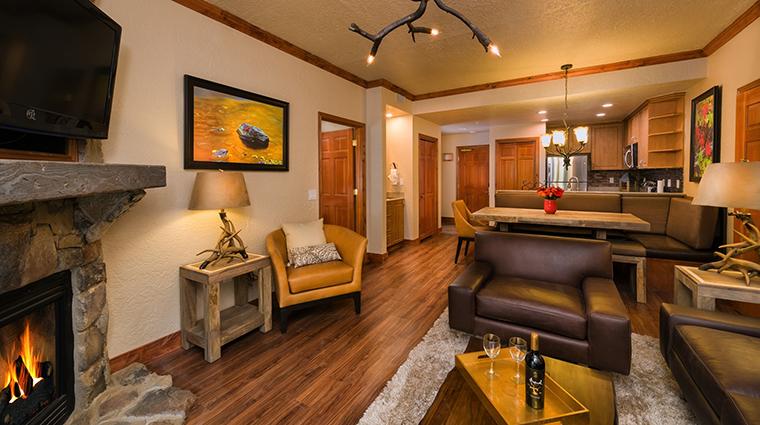 PropertyImage WestgateParkCityResortandSpa Hotel GuestroomSuites SignatureTwoBedroomVilla CreditWestgateResorts