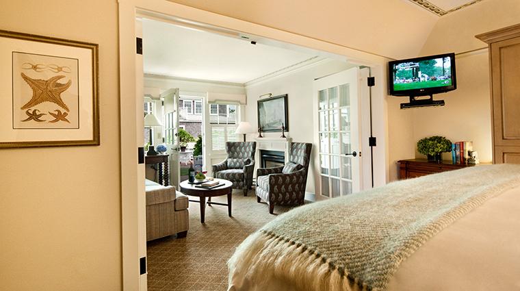 PropertyImage WhiteElephantHotel Hotel 3 GuestrromsandSuites Suite CreditNantucketIslandResort