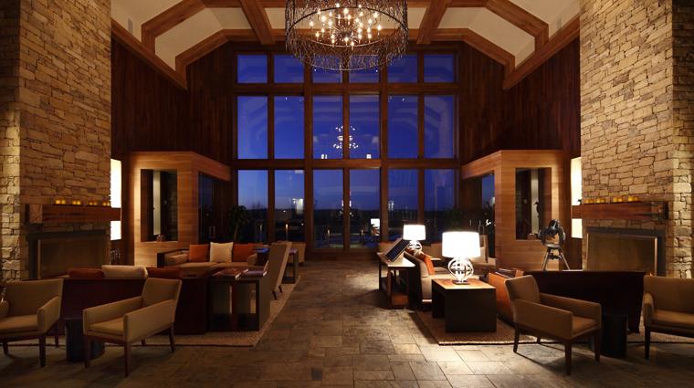 PropertyImageTheLodgeandCottagesatPrimland RaleighDurham Hotel PublicSpaces TheLobby CreditPrimland