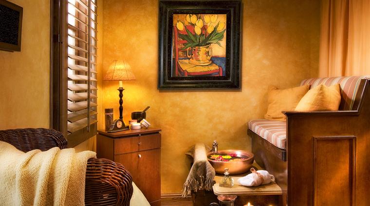 PropertyImage AlvadoraSpa PhoenixScottsdale Spa Style PedicureSalon CreditRoyalPalmsResortandSpa