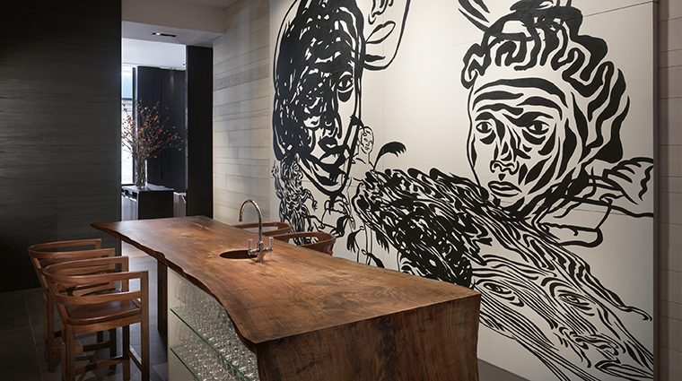 PropertyImage Andaz5thAvenue Hotel PublicSpaces Apartment2E TheLounge CreditHyattCorporation