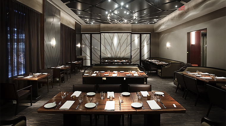 PropertyImage AndazWallStreet 9 Hotel Restaurant WallandWater DiningRoom 2 CreditHyattCorporation