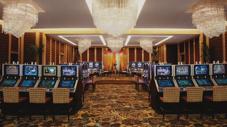 PropertyImage AriaResortAndCasino LasVegas Hotel Activity SlotMachines CreditMGMResortsInternational