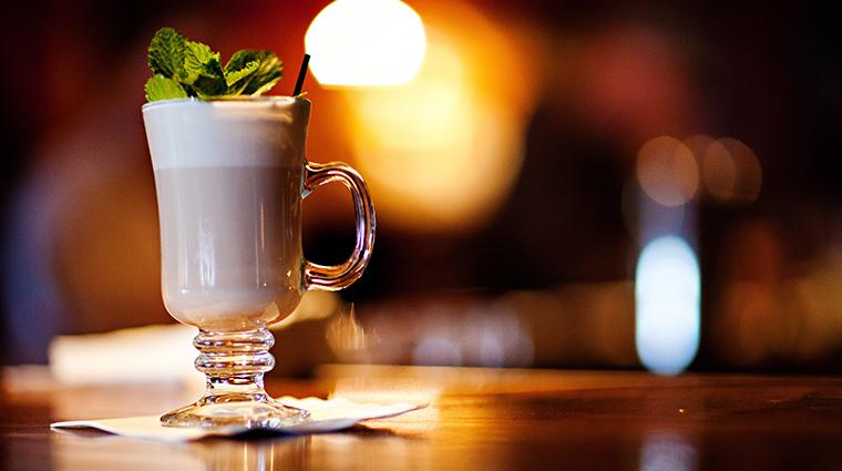 PropertyImage ArtisansatLakePlacidLodge Restaurant Beverage ArtisansHotChocolate CreditLakePlacidLodge