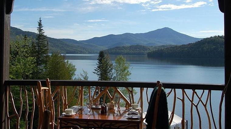 PropertyImage ArtisansatLakePlacidLodge Restaurant Style OutdoorDining CreditLakePlacidLodge