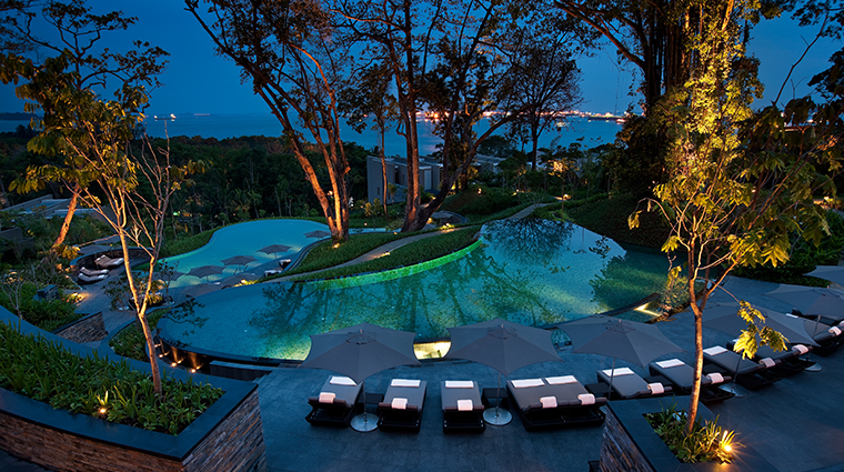 PropertyImage AurigaSpaatCapellaSingapore Spa Style Pool Night CreditCapellaHotelsandResorts
