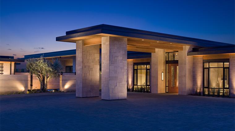 PropertyImage BardessonoHotelandSpa Hotel Exterior MainEntrance CreditBardessonoHotelandSpa
