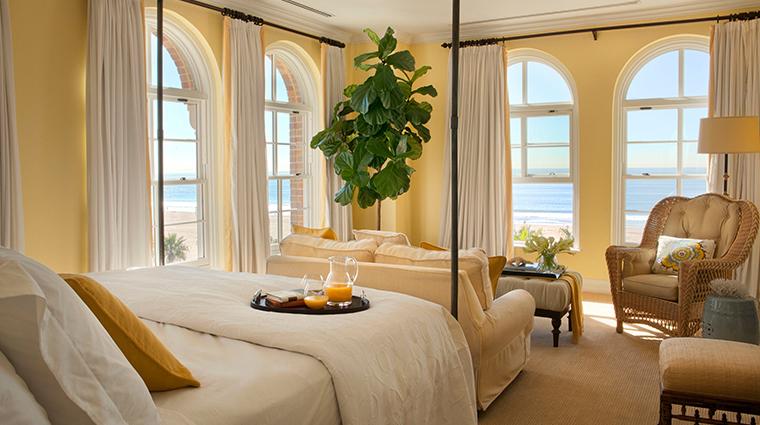 PropertyImage CasadelMar Hotel GuestroomsandSuites PresidentialMasterBedroom CreditCasadelMar