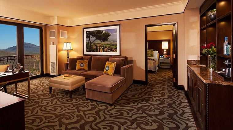 PropertyImage CasinoDelSol Hotel GuestroomsandSuites SuiteLivingRoom CreditCasinoDelSol