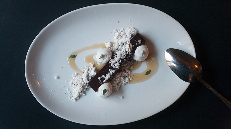 PropertyImage ChambersHotel 18 Hotel Restaurant MaPeche ChocolateWithCoconutCoffeeAndThaiBasil CreditGabrieleStabile