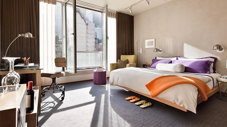 PropertyImage ChambersHotel 6 Hotel GuestroomSuite DeluxeKingGuestroom Bedroom CreditChambersHotel