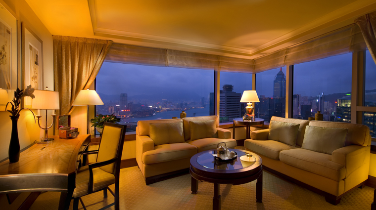 PropertyImage ConradHongKong HongKong Hotel GuestroomSuite KingExecHarbourSuite CreditHiltonWorldwide