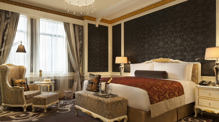 PropertyImage FairmontPeaceHotel Shanghai Hotel Guestrooms FrenchSuite CreditFairmontPeaceHotelVFMLeonardoInc