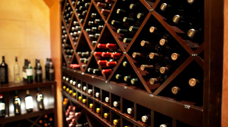 PropertyImage Forte Orlando Restaurant Style WineCellar 1 CreditTheFiveStarTravelCorporation