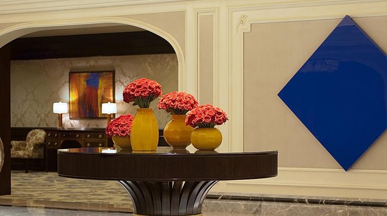 PropertyImage FourSeasonsHotelChicago Hotel PublicSpaces Lobby 2 CreditFourSeasons