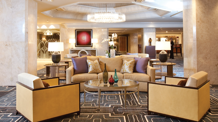 PropertyImage FourSeasonsHotelHouston Houston Hotel PublicSpaces Lobby CreditFourSeasons