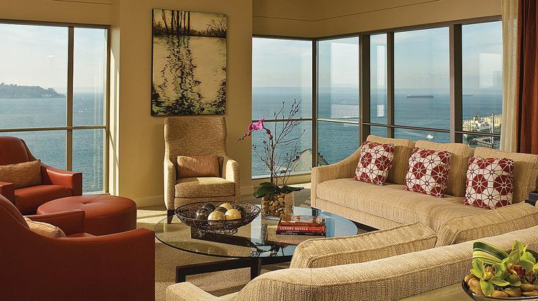 PropertyImage FourSeasonsHotelSeattle Hotel GuestroomSuite PresidentialSuite LivingRoom CreditFourSeasons