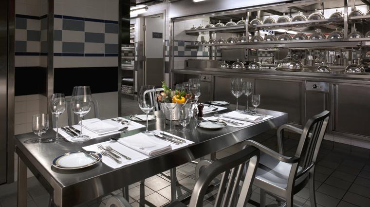 PropertyImage Gaddis Restaurant Style ChefsTable CreditThePeninsulaHongKong VFMLeonardoInc