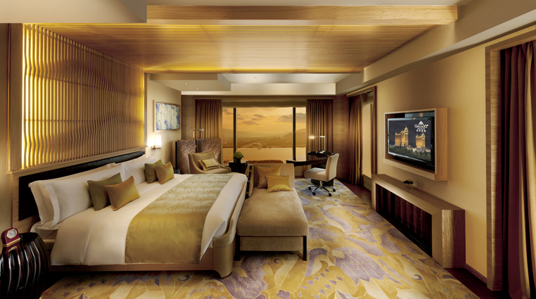 PropertyImage GalaxyHotel Hotel GuestroomSuite PremierSuite Bedroom CreditGalaxyHotelManagementCoLtd