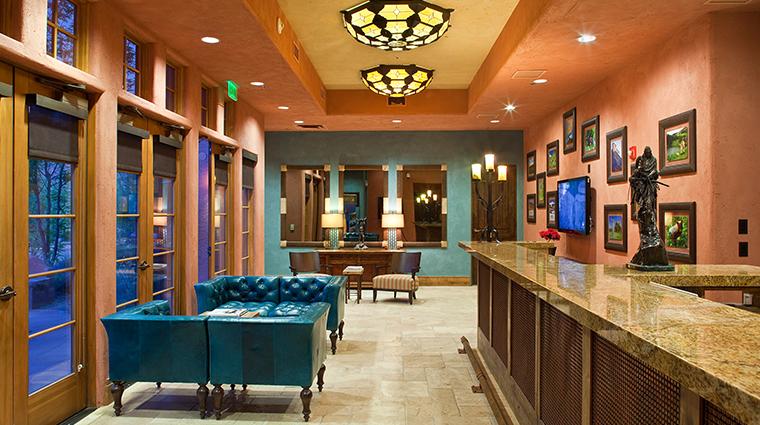 PropertyImage GatewayCanyonsResort Hotel PublicSpaces KivaLodgeGuestCheck In CreditNobleHouseHotelsandResorts