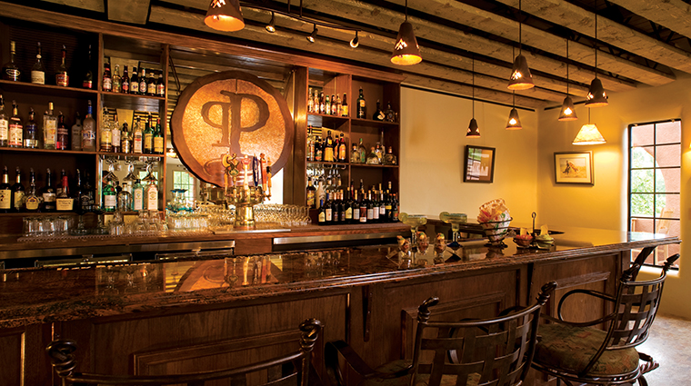 PropertyImage GatewayCanyonsResort Restaurant ParadoxGrill Bar CreditNobleHouseHotelsandResorts