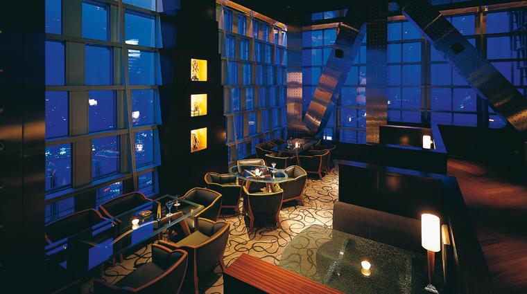 PropertyImage GrandHyattShanghai Shanghai Hotel BarLounge Cloud9 Interior CreditHyattCorporation