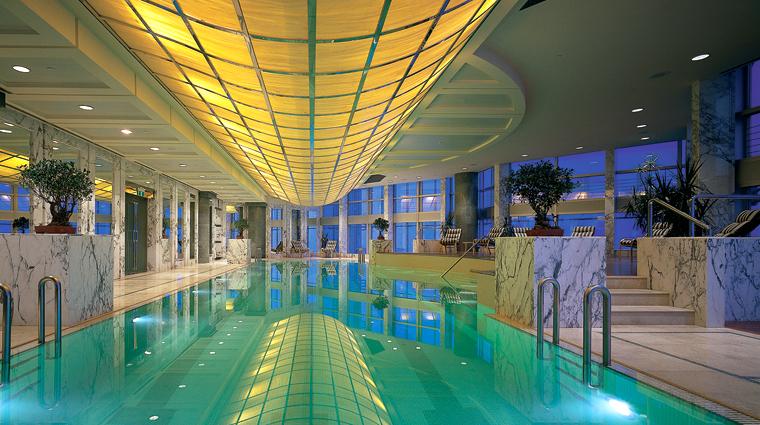 PropertyImage GrandHyattShanghai Shanghai Hotel Pool SkyPool CreditHyattCorporation