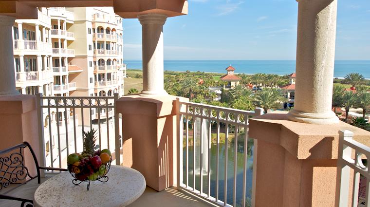 PropertyImage HammockBeachResort StAugustine Hotel GuestroomSuite MainTowerOneBedroomSuite Balcony 1 CreditTheFiveStarTravelCorporation