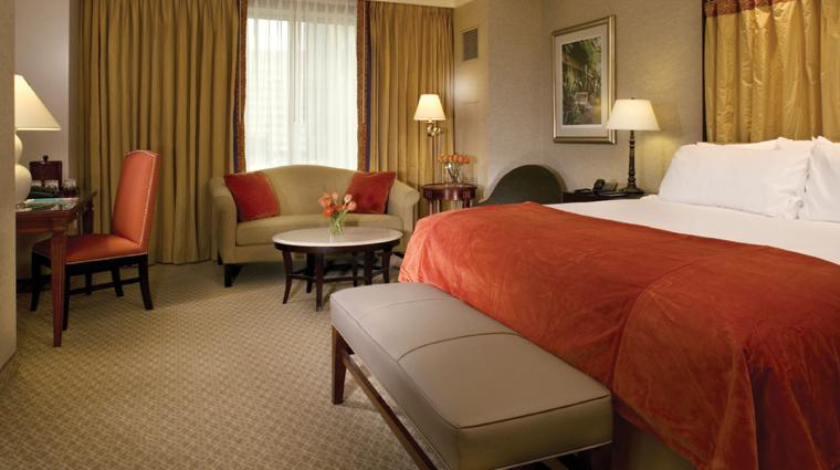 PropertyImage HarrahsNewOrleans Hotel GuestroomsandSuites CornerSuite CreditHarrahsNewOrleans