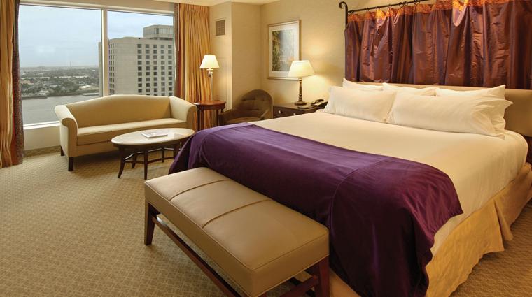 PropertyImage HarrahsNewOrleans Hotel GuestroomsandSuites PremiumKingRoom RiverView CreditHarrahsNewOrleans