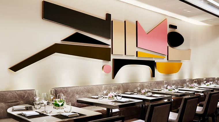 PropertyImage Hawksworth Restaurant RosewoodHotelGeorgia Style Dining 6 CreditRosewoodHotels