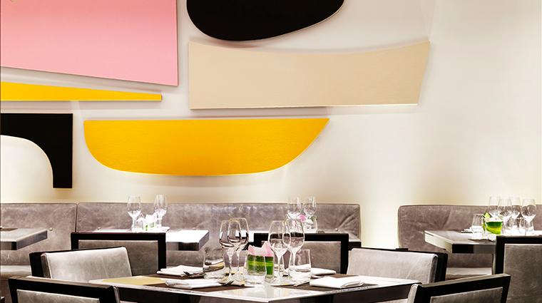 PropertyImage Hawksworth Restaurant RosewoodHotelGeorgia Style Dining 7 CreditRosewoodHotels