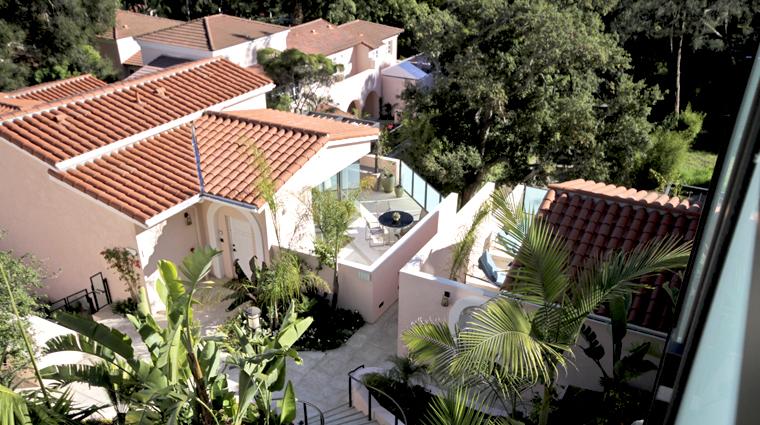 PropertyImage HotelBelAir LosAngeles Hotel Guestroom CanyonViewSuite BalconyView CreditTheFiveStarTravelCorporation