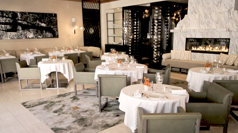 PropertyImage HotelBelAir LosAngeles Hotel Restaurant WolfgangPuckatHotelBelAir DiningRoom 3 CreditTheFiveStarTravelCorporation