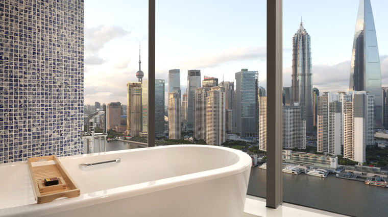 PropertyImage HotelIndigoShanghaiontheBund Shanghai Hotel Guestroom Bathroom 1 CreditHotelIndigoShanghaiontheBund