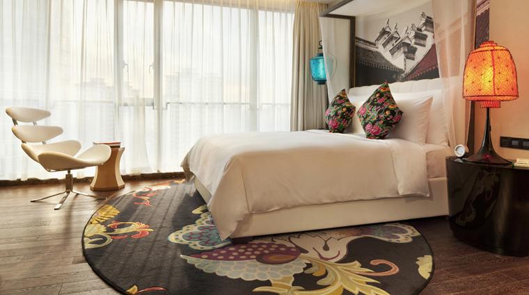 PropertyImage HotelIndigoShanghaiontheBund Shanghai Hotel Guestroom DeluxeOldCityViewRoom CreditHotelIndigoShanghaiontheBund