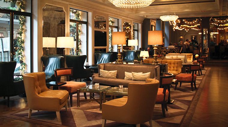 PropertyImage HotelMonteleone Hotel PublicSpaces LobbyLounge CreditHotelMonteleone