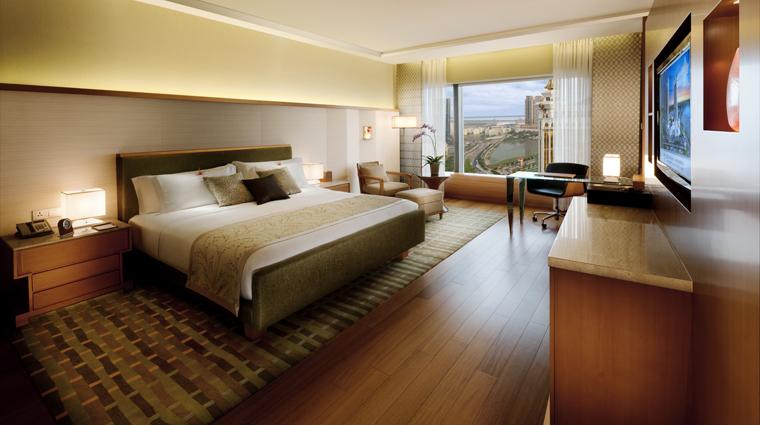 PropertyImage HotelOkuraMacau Hotel GuestroomSuite DeluxeRoom Bedroom CreditGalaxyHotelManagementCoLtd