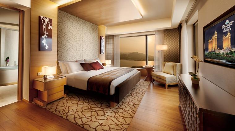 PropertyImage HotelOkuraMacau Hotel GuestroomSuite SuperiorSuite Bedroom CreditGalaxyHotelManagementCoLtd