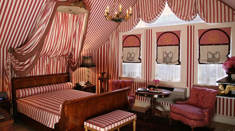 PropertyImage HotelStGermain Hotel GuestroomsandSuites SuiteSeven Bedroom CreditHotelStGermain