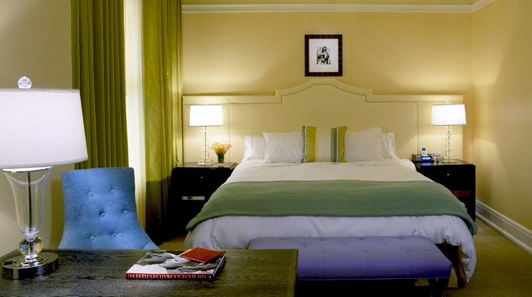 PropertyImage HoteldeLuxe Hotel GuestroomSuite KingdeLuxeGuestroom CreditHoteldeLuxe