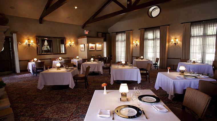 PropertyImage InnAtDosBrisas Hotel Dining DiningRoom CreditKatiePark