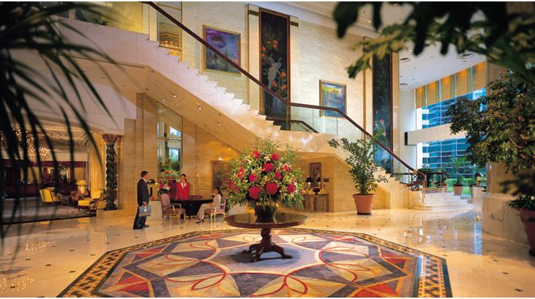 PropertyImage IslandShangriLa HongKong Hotel InteriorSpaces Lobby CreditIslandShangriLa