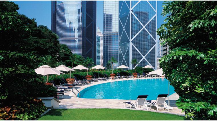 PropertyImage IslandShangriLa HongKong Hotel Pool CreditIslandShangriLa