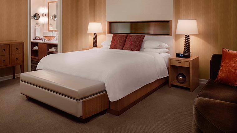 PropertyImage JWMarriottEssexHouseNewYork Hotel GuestroomsandSuites ParkDeluxeSuite 2 CreditMarriottInternationalInc